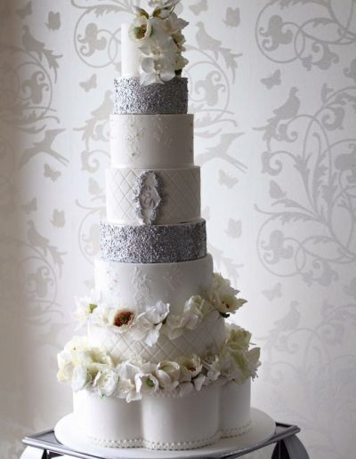 8 Tier Cream Silver Wedding Cake