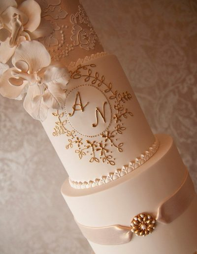 A and N Wedding Cake