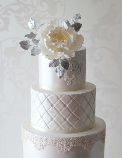 Cream Lace Foral Wedding Cake